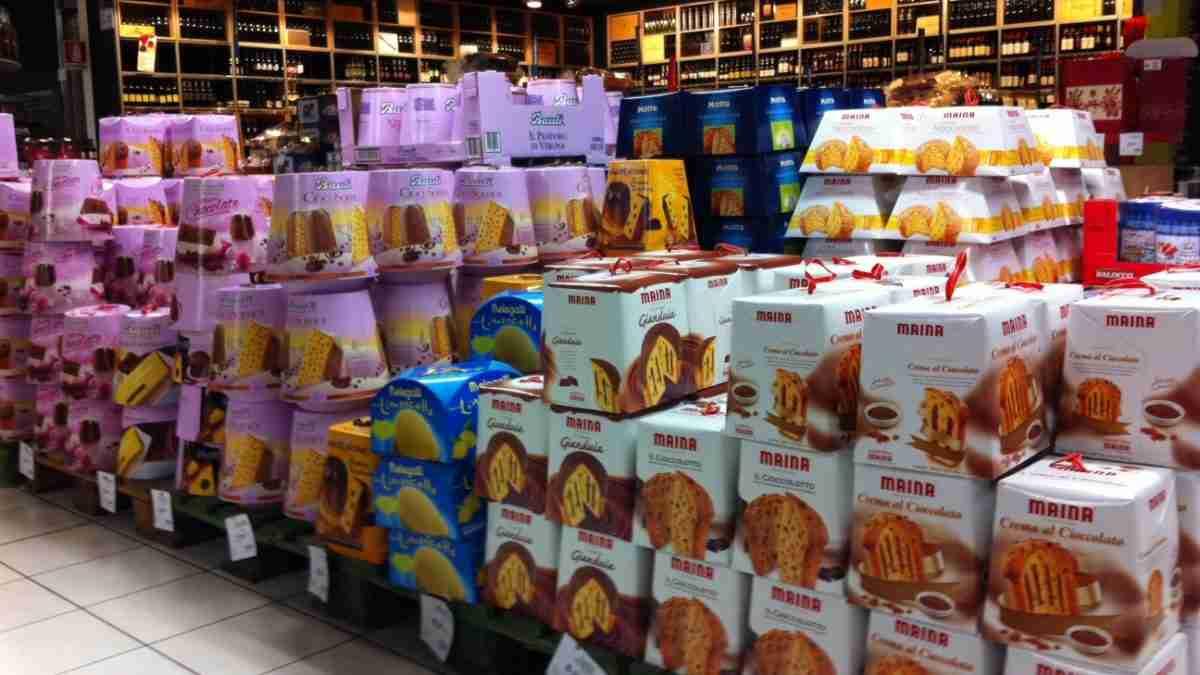 Saldi prodotti tipici, affari d'oro al supermercato con sconti fino al 70%